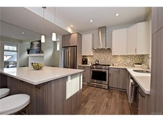 Photo 6: 819 Ashbury Ave in VICTORIA: La Olympic View House for sale (Langford)  : MLS®# 746742