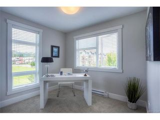 Photo 8: 110 2737 Jacklin Road in VICTORIA: La Langford Proper Townhouse for sale (Langford)  : MLS®# 373209
