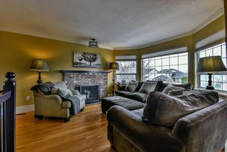 Photo 3: 21144 91A Avenue in Langley: Walnut Grove House for sale : MLS®# R2141201