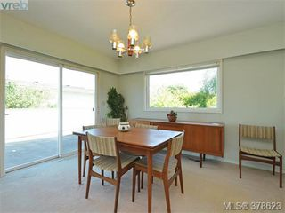 Photo 4: 267 Portsmouth Dr in VICTORIA: Co Lagoon House for sale (Colwood)  : MLS®# 760391