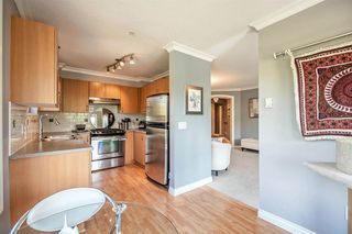 "Photo 6: 310 200 KLAHANIE Drive in Port Moody: Port Moody Centre Condo for sale in ""SALAL"" : MLS®# R2174958"