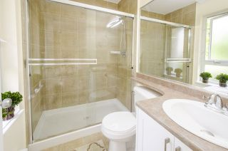 """Photo 14: 35 20159 68 Avenue in Langley: Willoughby Heights Townhouse for sale in """"VANTAGE"""" : MLS®# R2176637"""