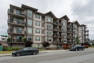 Photo 1: 405 46021 SECOND Avenue in Chilliwack: Chilliwack E Young-Yale Condo for sale : MLS®# R2177671