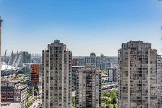 "Photo 8: 2308 928 HOMER Street in Vancouver: Yaletown Condo for sale in ""YALETOWN PARK"" (Vancouver West)  : MLS®# R2181999"