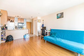 "Photo 5: 2308 928 HOMER Street in Vancouver: Yaletown Condo for sale in ""YALETOWN PARK"" (Vancouver West)  : MLS®# R2181999"