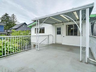 Photo 19: 1928 VENABLES STREET in Vancouver: Grandview VE House for sale (Vancouver East)  : MLS®# R2180121