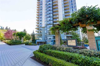 Photo 2: 403 288 UNGLESS Way in Port Moody: North Shore Pt Moody Condo for sale : MLS®# R2196452
