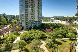Photo 3: 403 288 UNGLESS Way in Port Moody: North Shore Pt Moody Condo for sale : MLS®# R2196452