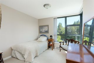 Photo 15: 403 288 UNGLESS Way in Port Moody: North Shore Pt Moody Condo for sale : MLS®# R2196452