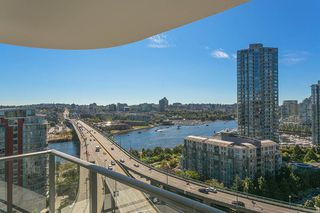 Photo 12: 1809 68 SMITHE STREET in Vancouver: Downtown VW Condo for sale (Vancouver West)  : MLS®# R2201355