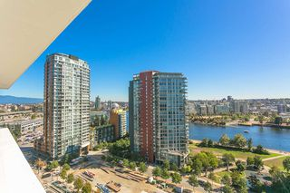 Photo 14: 1809 68 SMITHE STREET in Vancouver: Downtown VW Condo for sale (Vancouver West)  : MLS®# R2201355
