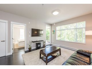 Photo 3: 508 2495 WILSON AVENUE in Port Coquitlam: Central Pt Coquitlam Condo for sale : MLS®# R2204780