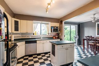 Photo 6: 27089 34A Avenue in Langley: Aldergrove Langley House for sale : MLS®# R2210835