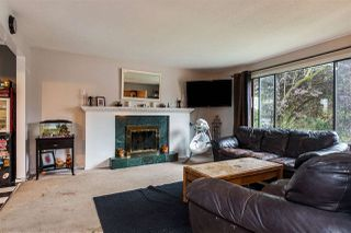 Photo 2: 27089 34A Avenue in Langley: Aldergrove Langley House for sale : MLS®# R2210835