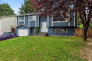 Photo 1: 27089 34A Avenue in Langley: Aldergrove Langley House for sale : MLS®# R2210835