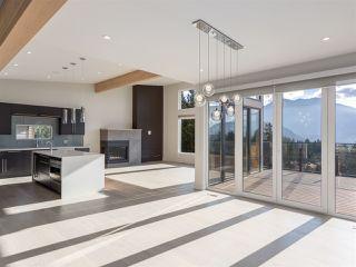 "Photo 4: 9 40781 THUNDERBIRD Ridge in Squamish: Garibaldi Highlands House for sale in ""Stonehaven"" : MLS®# R2220919"