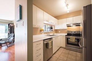 Photo 9: 202 728 W 14TH AVENUE in Vancouver: Fairview VW Condo for sale (Vancouver West)  : MLS®# R2219025