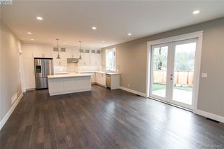 Photo 3: 1110 Braelyn Pl in VICTORIA: La Olympic View House for sale (Langford)  : MLS®# 774561