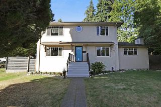 Photo 1: 300 E 25th Street in North Vancouver: Upper Lonsdale House for sale : MLS®# R2210257
