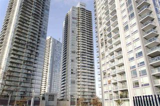 "Main Photo: 1705 13688 100 Avenue in Surrey: Whalley Condo for sale in ""PARK PLACE 1"" (North Surrey)  : MLS®# R2231363"