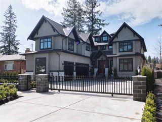 Photo 2: 930 PORTER Street in Coquitlam: Harbour Chines House for sale : MLS®# R2231546