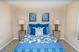 Photo 12: OCEANSIDE Townhouse for sale : 3 bedrooms : 825 Harbor Cliff Way #269