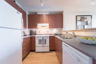 """Photo 7: 3205 PERROT Mews in Vancouver: Champlain Heights Townhouse for sale in """"BORDEAUX"""" (Vancouver East)  : MLS®# R2245453"""