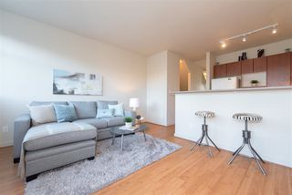 """Photo 5: 3205 PERROT Mews in Vancouver: Champlain Heights Townhouse for sale in """"BORDEAUX"""" (Vancouver East)  : MLS®# R2245453"""
