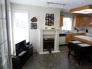 """Photo 4: 104 2626 COUNTESS Street in Abbotsford: Abbotsford West Condo for sale in """"THE WEDGEWOOD"""" : MLS®# R2248005"""