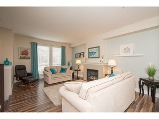 "Photo 2: 21091 79A Avenue in Langley: Willoughby Heights Condo for sale in ""Yorkton South"" : MLS®# R2252782"