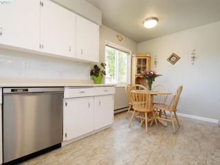 Photo 9: 391 Tamarack Rd in VICTORIA: Co Colwood Corners House for sale (Colwood)  : MLS®# 785284