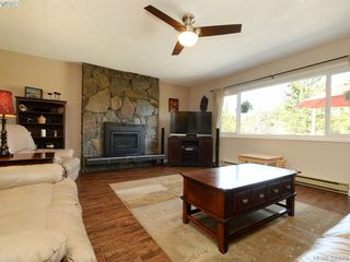 Photo 4: 391 Tamarack Rd in VICTORIA: Co Colwood Corners House for sale (Colwood)  : MLS®# 785284