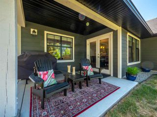 Photo 16: 803 GERUSSI Lane in Gibsons: Gibsons & Area House 1/2 Duplex for sale (Sunshine Coast)  : MLS®# R2273897