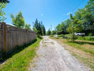 Photo 20: 803 GERUSSI Lane in Gibsons: Gibsons & Area House 1/2 Duplex for sale (Sunshine Coast)  : MLS®# R2273897