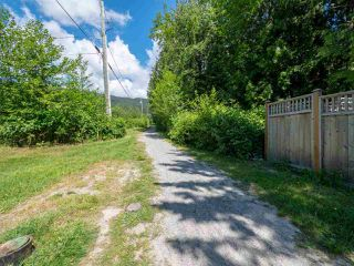 Photo 19: 803 GERUSSI Lane in Gibsons: Gibsons & Area House 1/2 Duplex for sale (Sunshine Coast)  : MLS®# R2273897