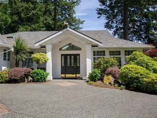Photo 14: 1057 Losana Pl in BRENTWOOD BAY: CS Brentwood Bay House for sale (Central Saanich)  : MLS®# 789243