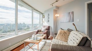 "Photo 3: 2808 688 ABBOTT Street in Vancouver: Downtown VW Condo for sale in ""Firenze II"" (Vancouver West)  : MLS®# R2287504"