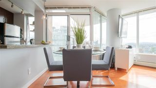 "Photo 4: 2808 688 ABBOTT Street in Vancouver: Downtown VW Condo for sale in ""Firenze II"" (Vancouver West)  : MLS®# R2287504"