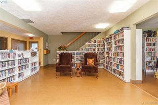 Photo 33: 9364 Trailcreek Drive in SIDNEY: Si Sidney South-West Manu Single-Wide for sale (Sidney)  : MLS®# 397956