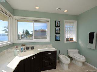 Photo 16: 5489 Parker Avenue in VICTORIA: SE Cordova Bay Single Family Detached for sale (Saanich East)  : MLS®# 400355
