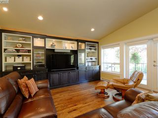 Photo 21: 5489 Parker Avenue in VICTORIA: SE Cordova Bay Single Family Detached for sale (Saanich East)  : MLS®# 400355