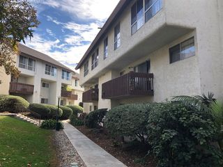 Photo 2: MISSION VALLEY Condo for sale : 3 bedrooms : 6191 Rancho Mission #207 in San Diego