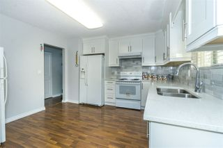 Photo 6: 3835 BALSAM Crescent in Abbotsford: Central Abbotsford House for sale : MLS®# R2323539