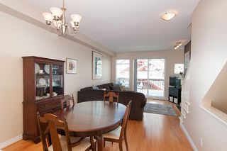 """Photo 3: 53 15 FOREST PARK Way in Port Moody: Heritage Woods PM Townhouse for sale in """"DISCOVERY RIDGE"""" : MLS®# R2340030"""