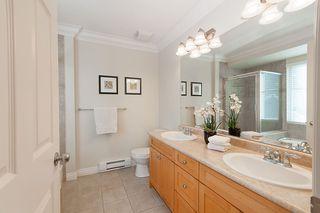 "Photo 11: 4 21704 96 Avenue in Langley: Walnut Grove Townhouse for sale in ""Redwood Bridge Estates"" : MLS®# R2343758"