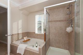 "Photo 12: 4 21704 96 Avenue in Langley: Walnut Grove Townhouse for sale in ""Redwood Bridge Estates"" : MLS®# R2343758"