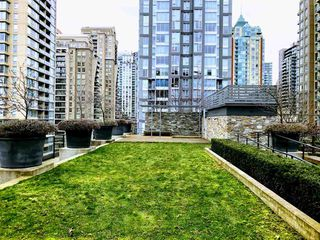 "Photo 17: 505 1088 RICHARDS Street in Vancouver: Yaletown Condo for sale in ""RICHARDS LIVING"" (Vancouver West)  : MLS®# R2346957"