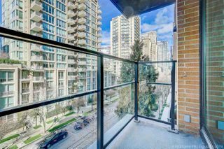 "Photo 3: 505 1088 RICHARDS Street in Vancouver: Yaletown Condo for sale in ""RICHARDS LIVING"" (Vancouver West)  : MLS®# R2346957"