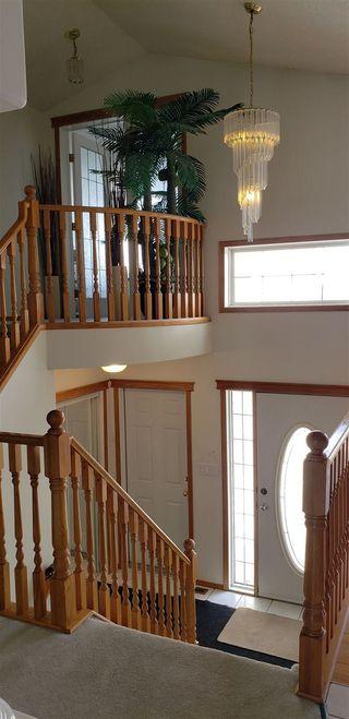 Photo 8: 16132 81 Street in Edmonton: Zone 28 House for sale : MLS®# E4147804