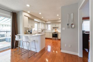 Photo 4: 312 HEDLEY Way in Edmonton: Zone 14 House for sale : MLS®# E4148458